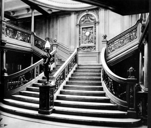 The Grand Staircase of the RMS Olympic Photo:Public Domain (Wikipedia)