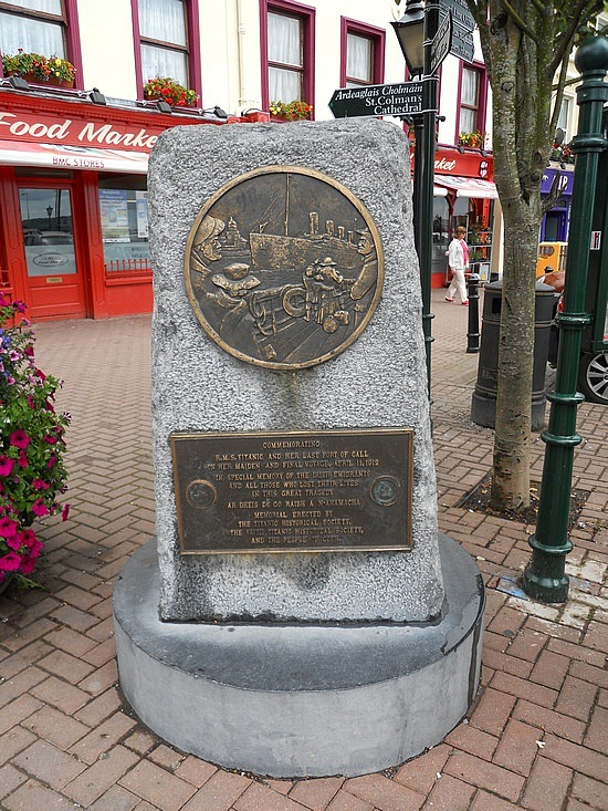 Titanic Memorial in Cobh (formerly Queenstown), Ireland. Photo:Travelpod