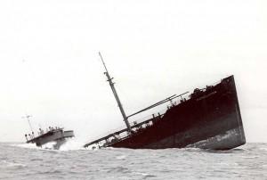 640px-Pendleton_Sinking_Ship