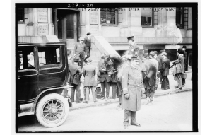 Outside the White Star Line Office after Titanic Disaster, New York, April 1912. Bain News Service, U.S. Library of Congress, digital id#ggbain 10352