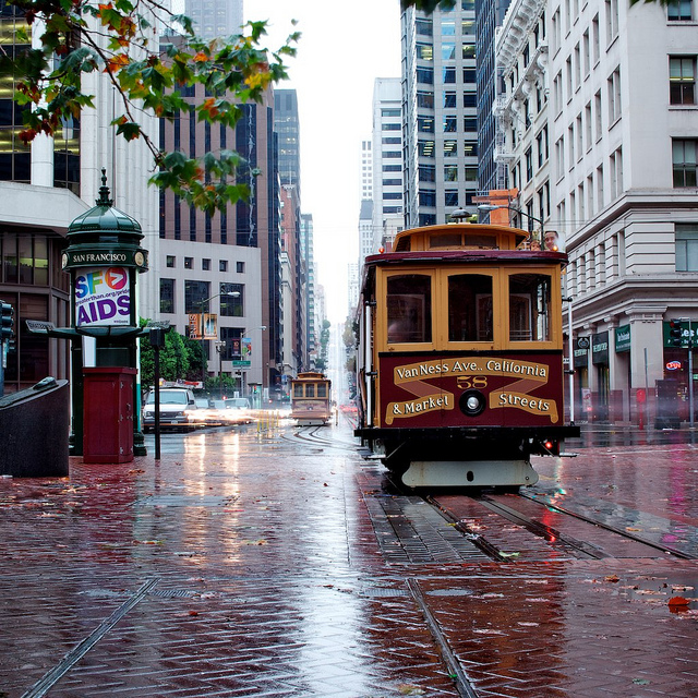 California Street Cable Car On Rainy Day Image: Tanel Teemusk (Flickr)