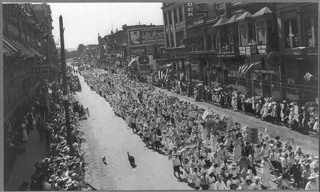 Fourth of July Parade Boise, Idaho Circa 1917-1920 Public Domain (U.S. Library of Congress,digital id#cph 3a18275)
